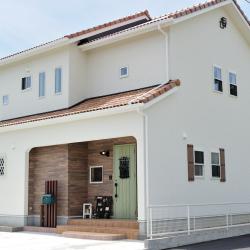 日光をふんだんに取り入れた南欧風戸建住宅の新築施工【三重県亀山市 K様邸】