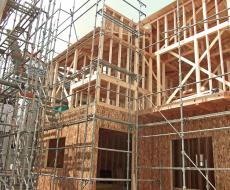 住宅における木造と非木造(鉄骨・コンクリート)の割合はどれくらい?