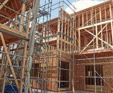 プレカットと大工による木材加工の違い
