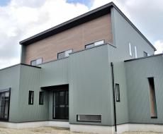 収納力とデザイン性を兼ね備えた新築住宅【三重県亀山市 M様邸】